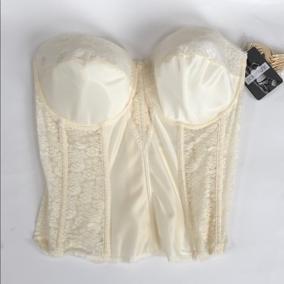 9165d5222 New with tags Lace Corset backless bridal Bra 38F